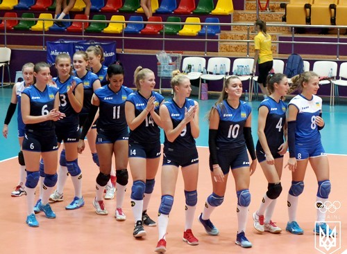 Волейболистки Украины проиграли два матча на Европейском фестивале