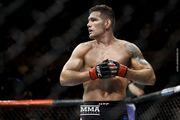 Экс-чемпион UFC Вайдман проведет бой с проспектом Рейесом