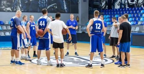 Фесенко и Санон тренируются с БК Днепр