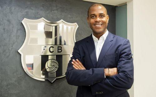 Патрик Клюйверт стал директором академии Барселоны