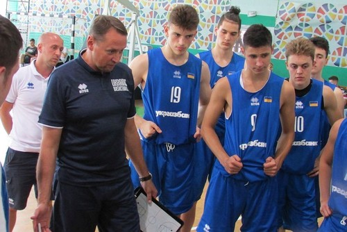 Кадетская сборная Украины разгромила Россию