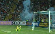 Инцидент в Одессе. Футбольные хулиганы оглушили Бойко петардой