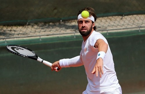 Басилашвили выиграл турнир в Гамбурге