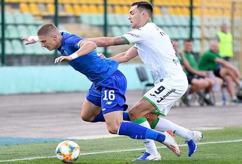 Динамо стартовало в чемпионате с победы над Карпатами