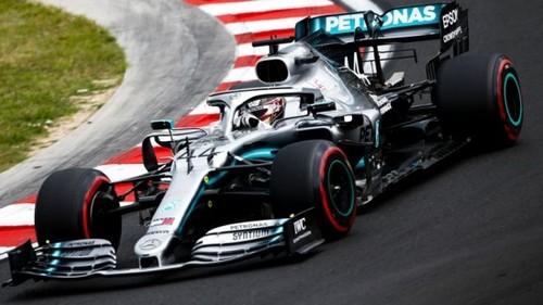 Пилот «Мерседеса» Хэмилтон одержал победу  гонку этапа «Формулы-1» вВенгрии