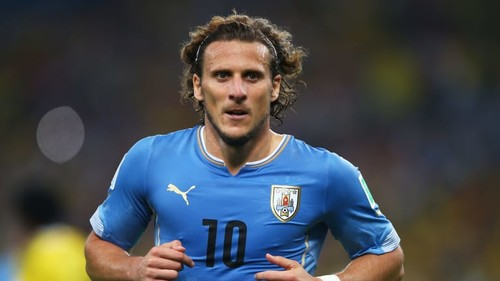 Уругваец Форлан принял решение завершить карьеру