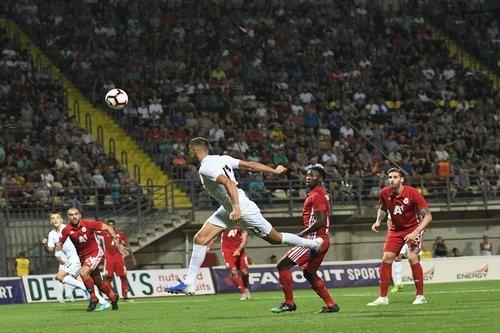 Заря вырвала победу у ЦСКА и прошла в плей-офф Лиги Европы