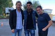 Тренер сборной Перу прилетел в Киев для встречи с Самбрано