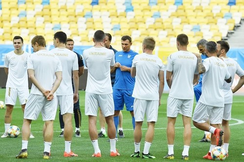 Стал известен график сборной Украины во время сентябрьского сбора