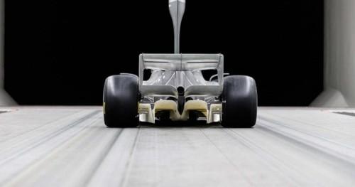 ВИДЕО. Формула-1 презентовала концепт болида на 2021 год