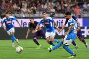 В сверхрезультативном матче Фиорентина дома проиграла Наполи