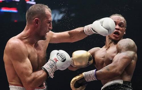 Ковалев нокаутировал Ярда, но шансов стать абсолютом у него нет