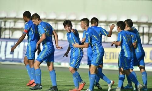 Украина U-17 стартовала с победы на турнире Банникова