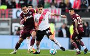 Милан заинтересован в защитнике Ривер Плейт Мартинесе