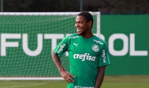 Луис Адриано забил дебютный гол за Палмейрас