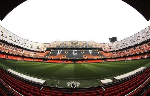 Валенсия – Арсенал. Стартовые составы команд