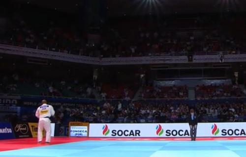 Португальский дзюдоист танцем отметил победу над россиянином в финале