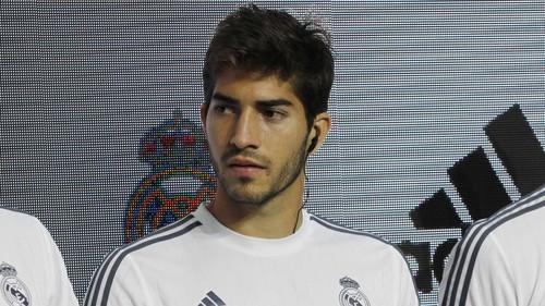 Реал расторг контракт с бразильским полузащитником