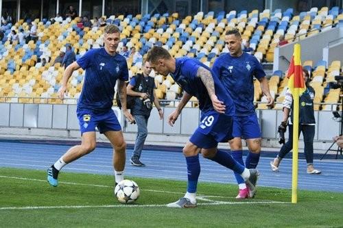 Динамо сыграет с херсонским Кристаллом