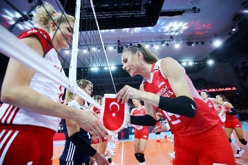 У фіналі жіночого волейбольного Євро-2019 зіграють Сербія і Туреччина