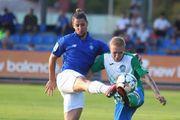 Динамо забило шесть мячей в ворота Кристалла