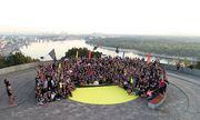 Более 800 бегунов вместе встретили рассвет на Nike Sunrise Run