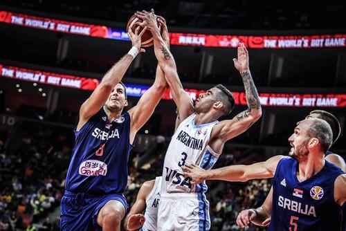 ЧМ по баскетболу. Аргентина победила Сербию на пути в полуфинал