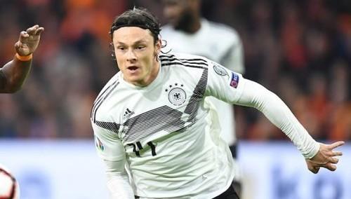 Защитник Боруссии Д получил травму в расположении сборной Германии