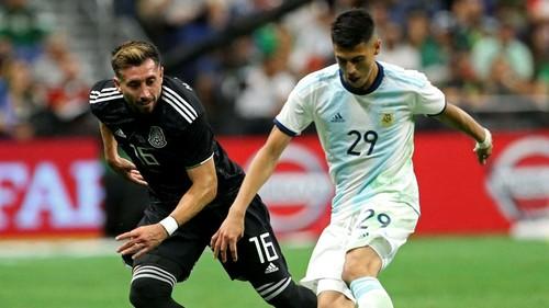 Бразилия уступила Перу, Аргентина разгромила Мексику