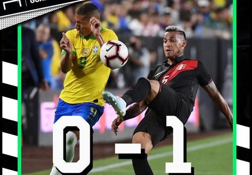 Бразилія — Перу — 0:1. Відео гола і огляд матчу