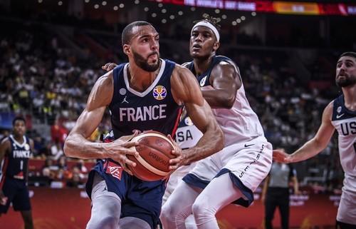 Франция сенсационно выбивает США и выходит в полуфинал чемпионата мира