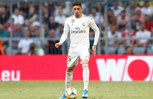 Полузащитник Реала Вальверде получил травму