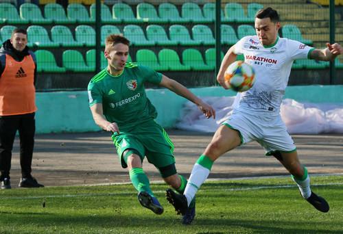 Где смотреть онлайн матч чемпионата Украины Карпаты – Ворскла