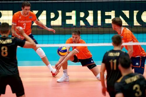 Сборная Украины проиграла во втором матче чемпионата Европы