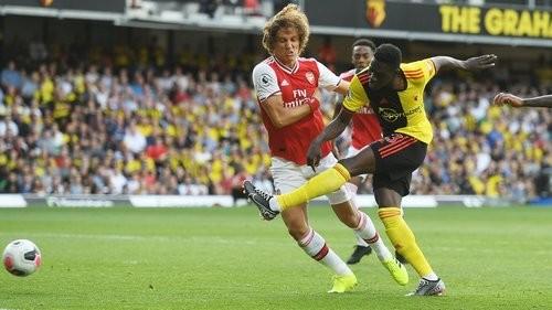 Уотфорд спасся от поражения в поединке с Арсеналом