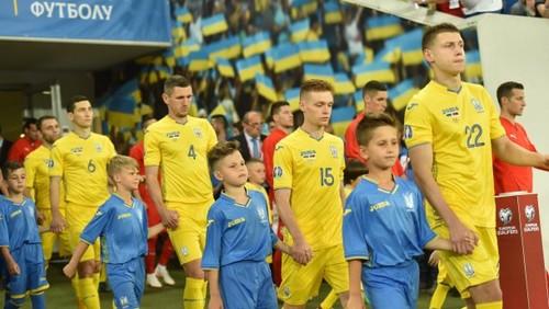 Украина сохранила место в Топ-25 рейтинга сборных FIFA
