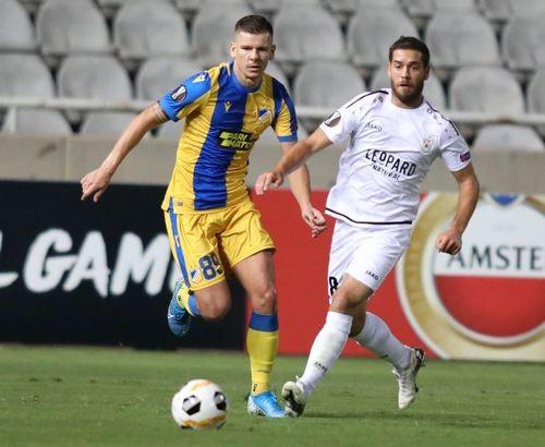 Группа А. АПОЭЛ проиграл Дюделанжу, забив три мяча за четыре минуты