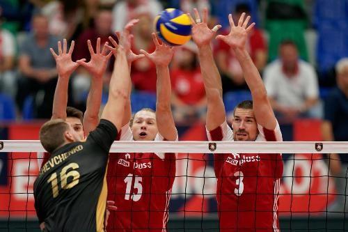 В заключному матчі групи D Україна програла Польщі
