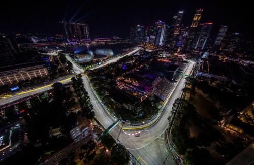 Хэмилтон быстрейший во второй практике в Сингапуре