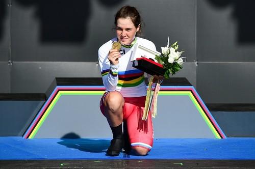 Россиянка Гареева – чемпионка мира по велоспорту среди юниорок