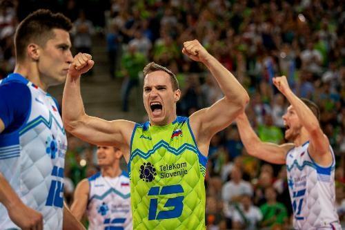 Польша и Словения вышли в полуфинал чемпионата Европы