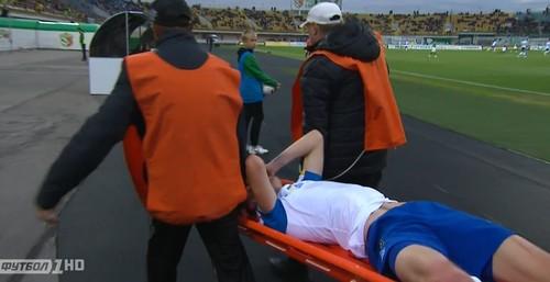 Бурда может провести полгода без игры из-за травмы колена