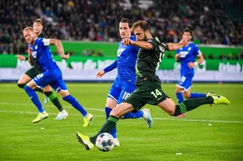 Вольфсбург — Хоффенхайм — 1:1. Видео голов и обзор матча