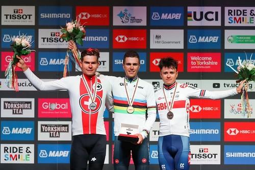 Скандал на ЧС з велоспорту: у голландця Екхоффа відібрали перемогу