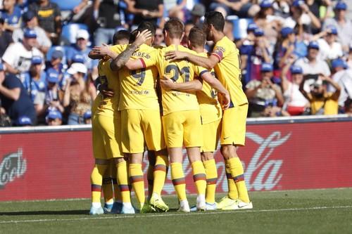 Ла Лига. Победы Барселоны, Валенсии и Гранады