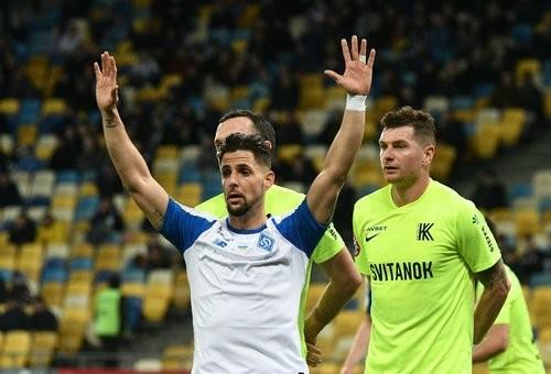 Долгожданный гол Соля и шедевр Цыганкова. Динамо нанесло поражение Колосу