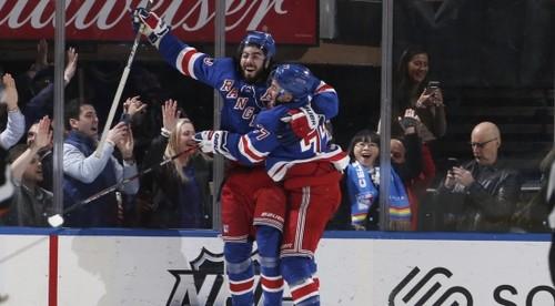 НХЛ. Взлет Филадельфии, 11 шайб Вашингтона и Рейнджерс, успех Питтсбурга