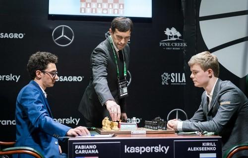 У Єкатеринбурзі триває Турнір претендентів, незважаючи на пандемію