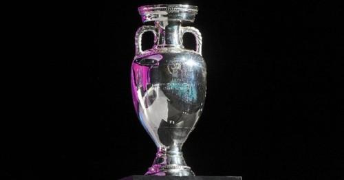 УЕФА решил не менять название. Турнир будет называться Евро-2020