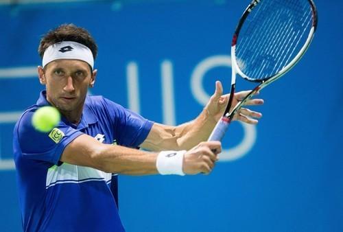 Стаховский покидает турнир в Праге